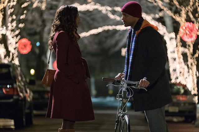 <p>The couple that gaslights together, stays together. After the tragic death of their daughter, Howard (Will Smith) and Madeleine (Naomie Harris) agree to go their separate ways and, when they meet again, deliberately pretend not to know each other as a way to start over with a clean slate. If their marriage counselor signed off on this arrangement, consider her license revoked. (Photo: Barry Wetcher/Warner Bros./courtesy Everett Collection) </p>