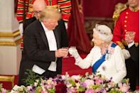 <p>President Trump and the Queen raise a toast during the state banquet.</p>