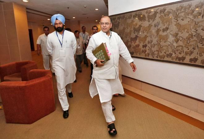 Cabinet approves GST, e-commerce cos to pay up to 1% tax