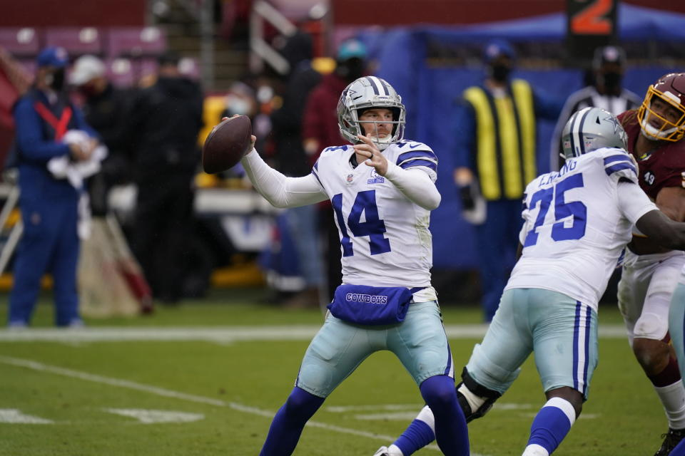 Dallas Cowboys quarterback Andy Dalton (14) passing the ball against Washington Football Team in the first half of an NFL football game, Sunday, Oct. 25, 2020, in Landover, Md. (AP Photo/Patrick Semansky)