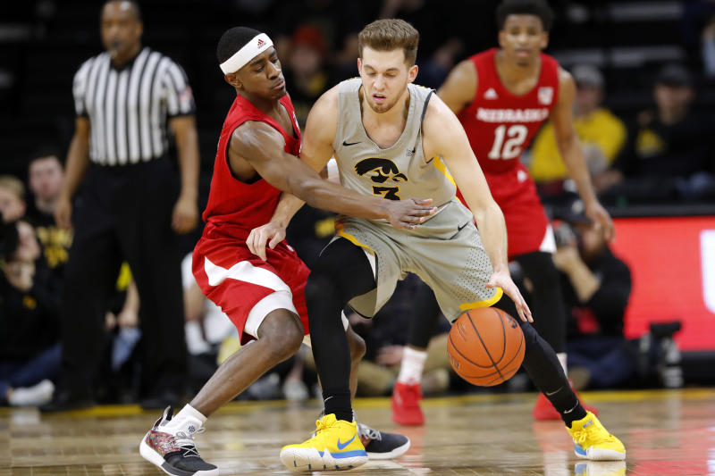 e4dc638ebc3 Bohannon, No. 25 Iowa beat No. 24 Nebraska 93-84
