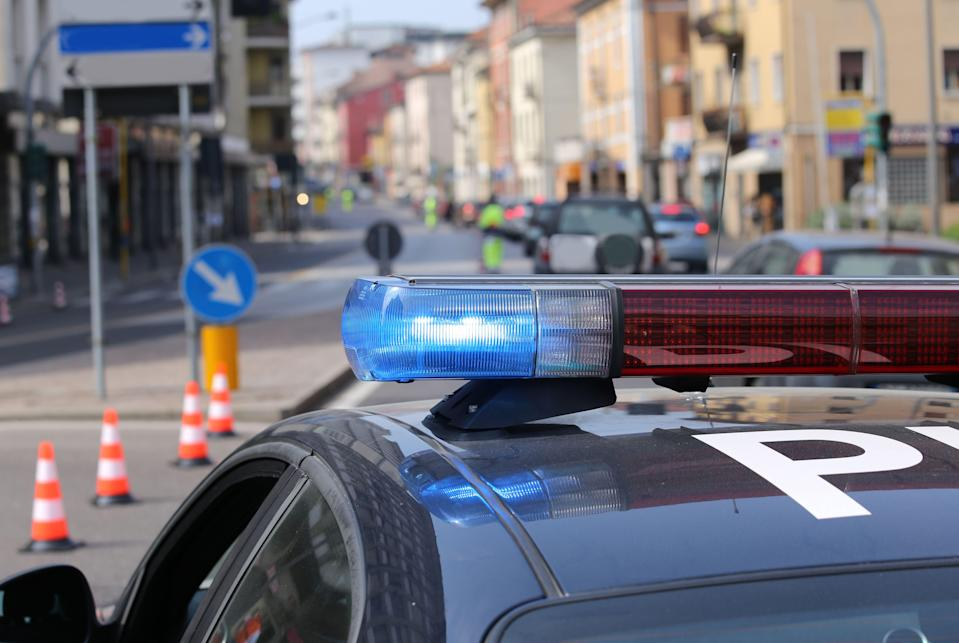 flashing sirens of the police car (Photo: ChiccoDodiFC via Getty Images/iStockphoto)