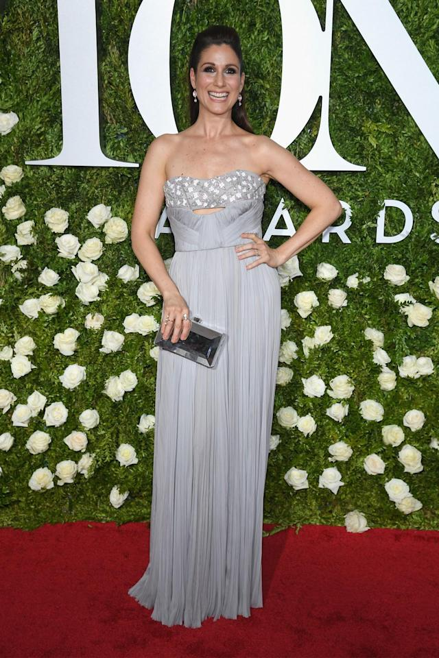 <p>The Broadway star dazzled in a strapless understated number. (Photo: Getty Images) </p>