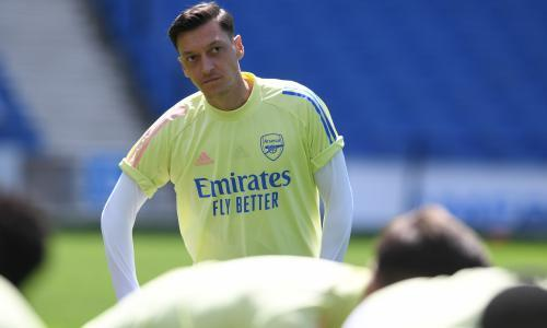 Mesut Özil's groundhog act ensures Arteta's plan for Arsenal remains cloudy