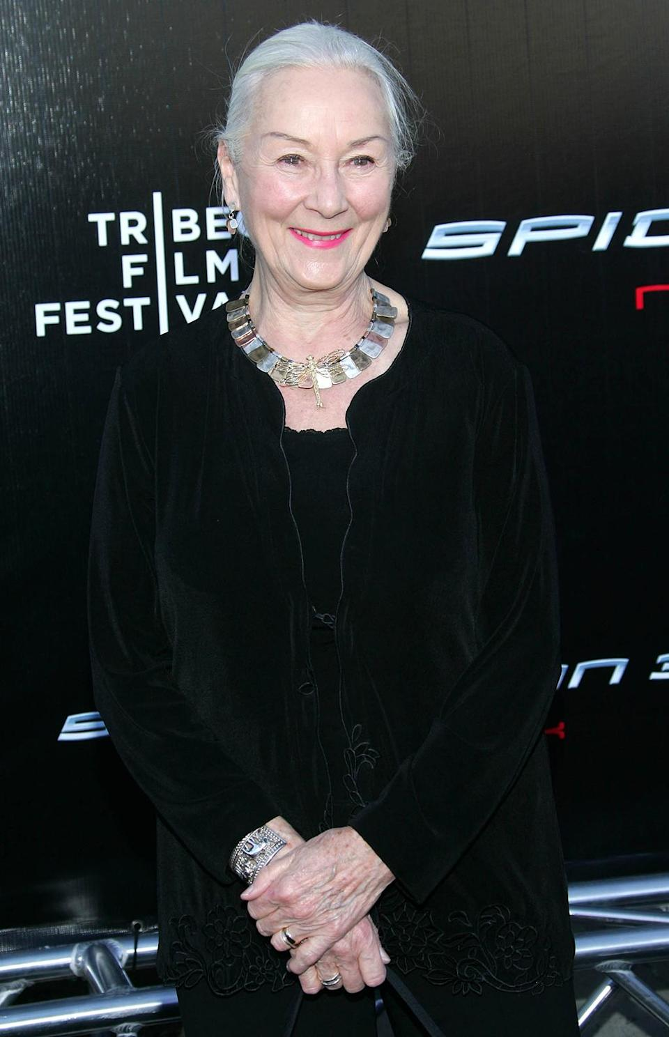 <p>The acclaimed British actress played Peter's Aunt May in the Raimi trilogy. (Photo: Evan Agostini/Getty Images) </p>