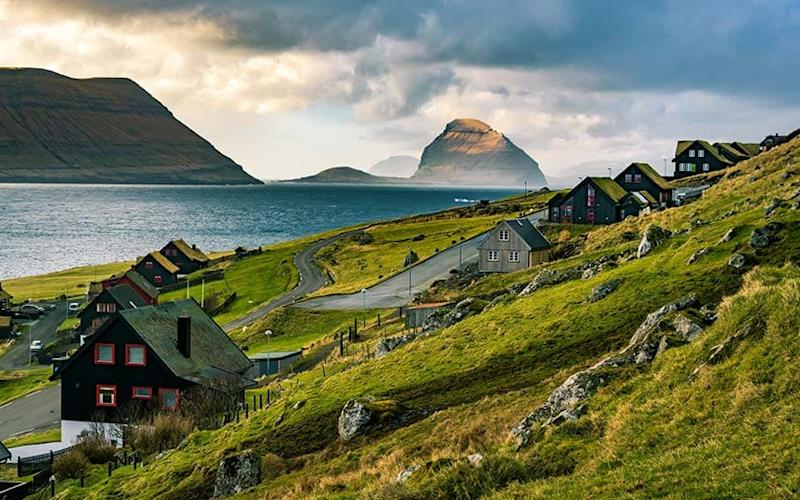 The sun enjoys a rare moment of supremacy on the Faroe Islands - Viktor Posnov