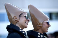 <p>Cosplayers dressed as Coneheads at Comic-Con International on July 19, 2018, in San Diego. (Photo: Chris Pizzello/Invision/AP) </p>
