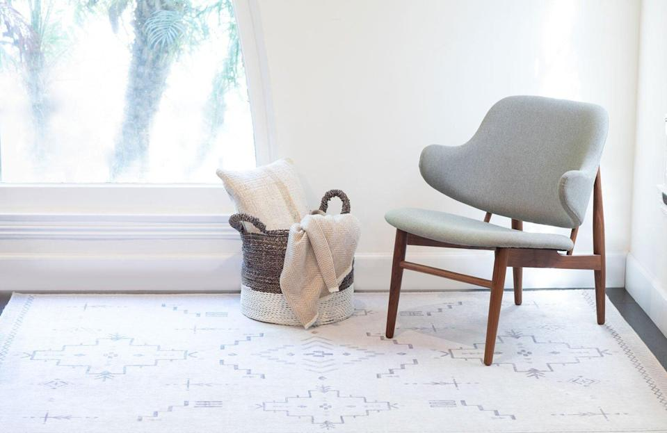 Tumble Spill Proof Rug