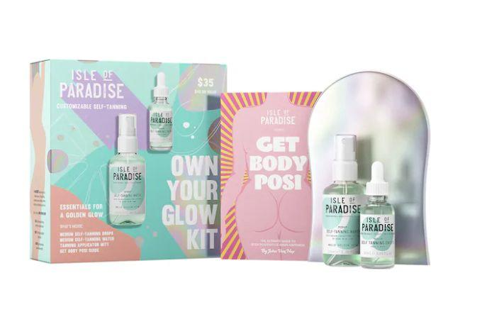 """Get this <a href=""""https://fave.co/2TuH1zX"""" target=""""_blank"""" rel=""""noopener noreferrer"""">Isle of Paradise Own Your Glow Kit on sale</a> (normally $35) during Sephora's Holiday Savings Eventwith code<strong>HOLIDAYFUN</strong>at checkout."""