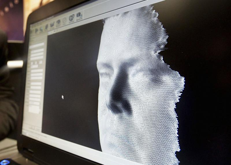 U.S. Border Agency to Expand Use of Facial Recognition Tech