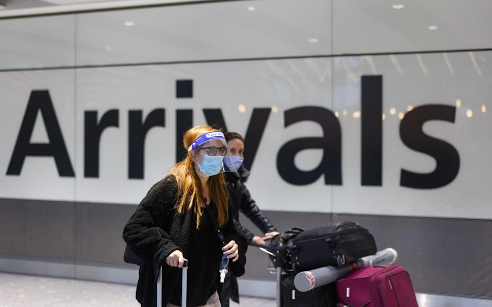 Around 10,000 people arriving in Heathrow each day could be bussed to hotels around the UK for quarantine - Simon Dawson/BLOOMBERG