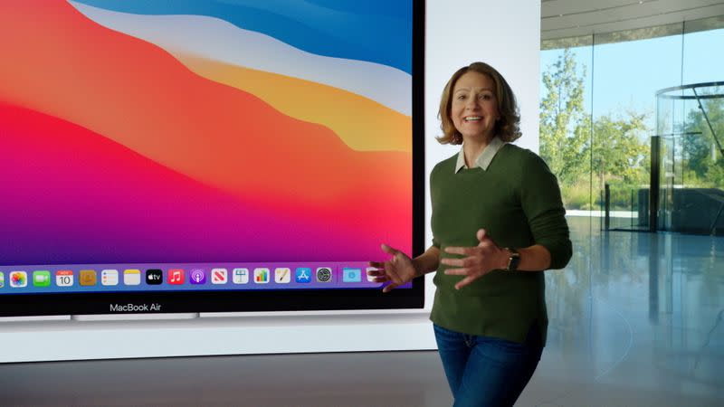 Apple announces new Mac computers with its own processors