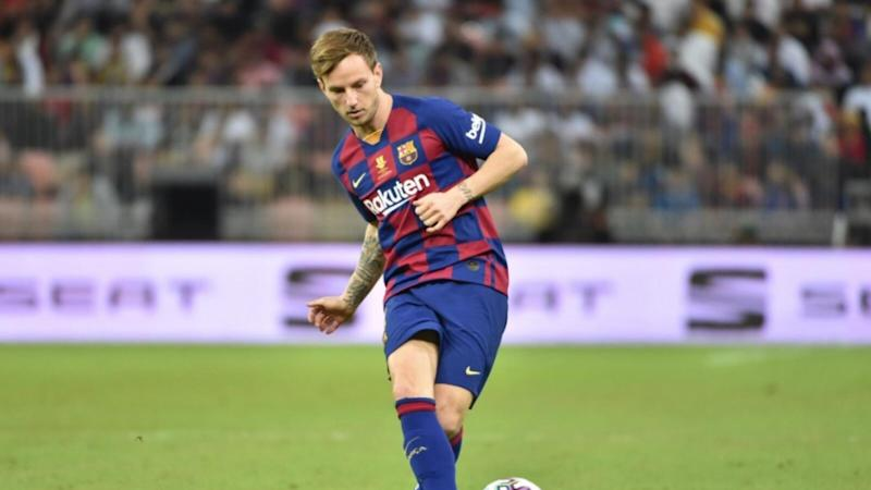 Arteta tenta convencer Ivan Rakitic, do Barcelona, a jogar no Arsenal