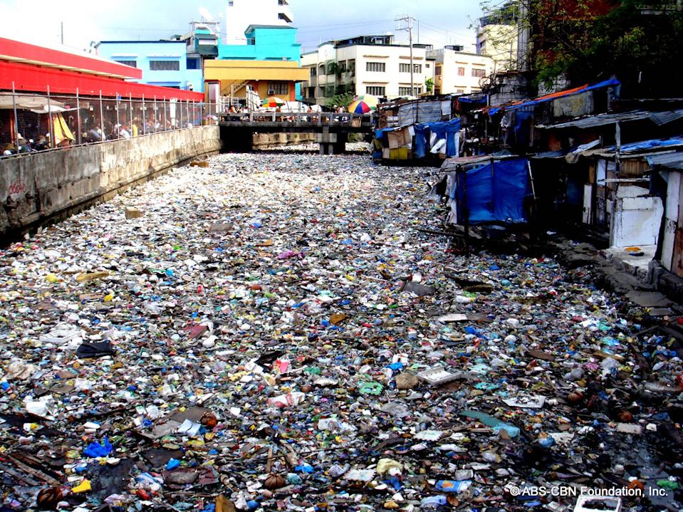 Estero de Paco near the Paco Market before the clean up.