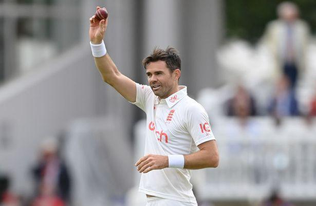 James Anderson, Fast Bowlers