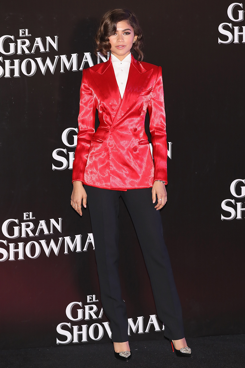 <p>This Ralph Lauren spin on a ringmaster costume is SO perfect for the Mexico City premiere of The Greatest Showman.</p>