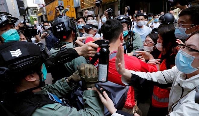 """The Chinese foreign ministry said Hong Kong police had been """"very restrained"""" in comparison with the US police. Photo: Reuters"""