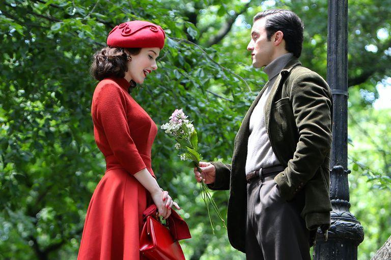 The photo that hints at a possible romance between the protagonist, Midge, and the character of Ventimiglia