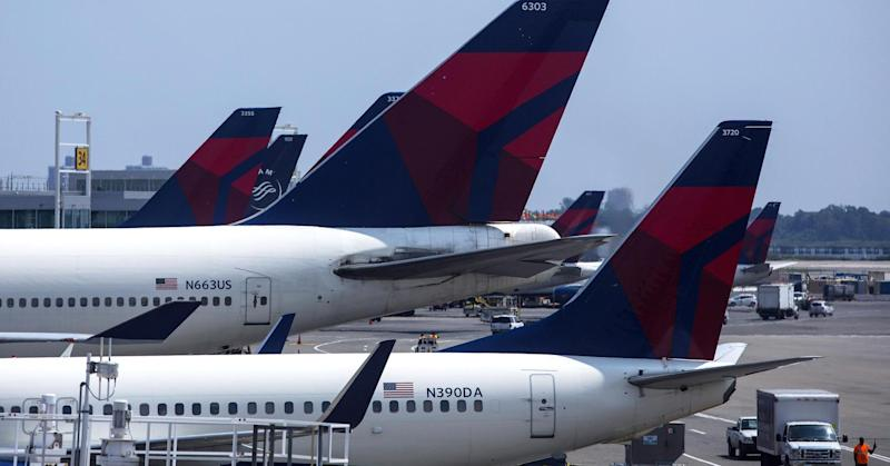 Delta changes policy, will now pay customers up to nearly $10,000 to give up seats