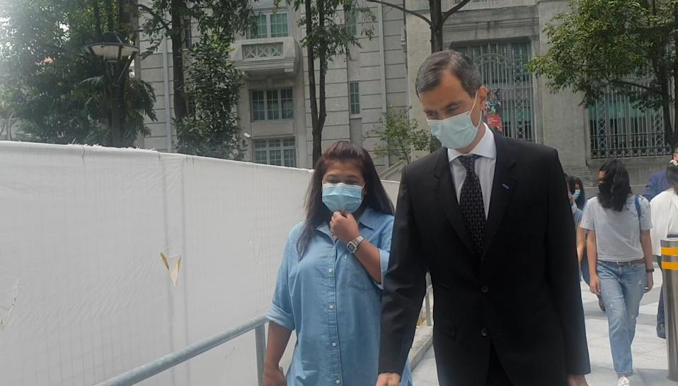Parti Liyani and lawyer Anil Balchandani walking into State Courts on 8 September 2020. (PHOTO: Wan Ting Koh/Yahoo News Singapore)