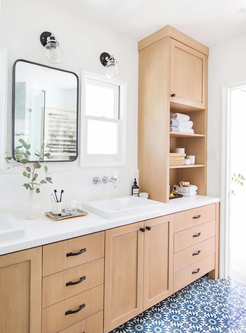 breathtaking all white bathroom | 18 Ways to Incorporate 2019's Color Trends Into Your All ...
