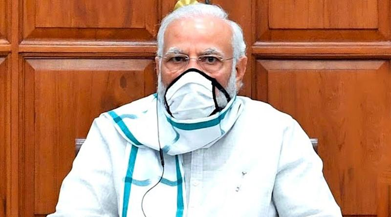 Doctor's Day 2020: PM Narendra Modi Extends Greetings to Doctors, Salutes Their Contribution in Fight Against COVID-19