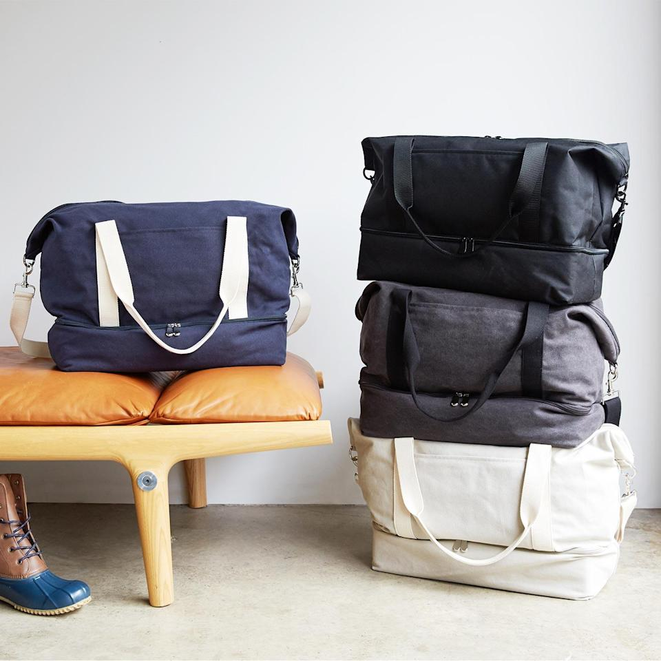 """<h3>Lo & Sons Canvas Weekender</h3><br>This washed-canvas satchel has earned the status of best weekender bag due to its compact yet all-encompassing size with multi compartments for strategic long-weekend outfit storage (hello, separate shoe compartment) <em>and </em>convertible straps for adaptable toting (over-shoulder or cross-body).<br><br><em>Shop <strong><a href=""""https://www.loandsons.com"""" rel=""""nofollow noopener"""" target=""""_blank"""" data-ylk=""""slk:Lo & Sons"""" class=""""link rapid-noclick-resp"""">Lo & Sons</a></strong></em><br><br><strong>Lo & Sons</strong> The Catalina Deluxe, $, available at <a href=""""https://go.skimresources.com/?id=30283X879131&url=https%3A%2F%2Fwww.loandsons.com%2Fproducts%2Fcatalina-deluxe-tote-washed-canvas-thistle"""" rel=""""nofollow noopener"""" target=""""_blank"""" data-ylk=""""slk:Lo & Sons"""" class=""""link rapid-noclick-resp"""">Lo & Sons</a>"""