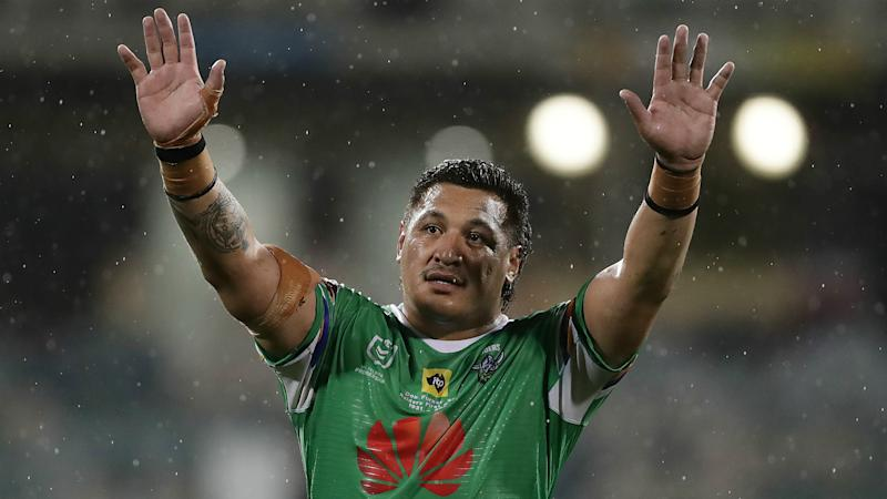 Papalii and Tapine cleared to play in Queensland despite vaccine stance