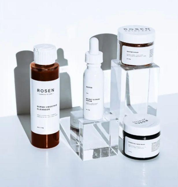 """<a href=""""https://fave.co/3eVf6BT"""" target=""""_blank"""" rel=""""noopener noreferrer"""">Rosen Skincare</a> is on a mission to normalize acne by creating products that work. That way, you can be confident in your skin and the ingredients that you're using. Rosen creates acne products to help you build a simple skin care routine, including a <a href=""""https://fave.co/371pIfN"""" target=""""_blank"""" rel=""""noopener noreferrer"""">Rosewater Face Dew</a>, <a href=""""https://fave.co/3cB3D8Q"""" target=""""_blank"""" rel=""""noopener noreferrer"""">Super Smoothie Cleanser</a>, <a href=""""https://fave.co/3dDMUD5"""" target=""""_blank"""" rel=""""noopener noreferrer"""">Bright Citrus Serum</a> and a top-rated <a href=""""https://fave.co/3dImUqw"""" target=""""_blank"""" rel=""""noopener noreferrer"""">Break-Out Spot Treatment</a>.<br /><br /><a href=""""https://fave.co/3eVf6BT"""" target=""""_blank"""" rel=""""noopener noreferrer"""">You can find Rosen Skincare at Urban Outfitters</a>."""