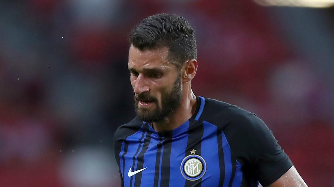 Despite reports a deal has been agreed with Chelsea for Antonio Candreva, Inter coach Luciano Spalletti is determined to keep the winger.