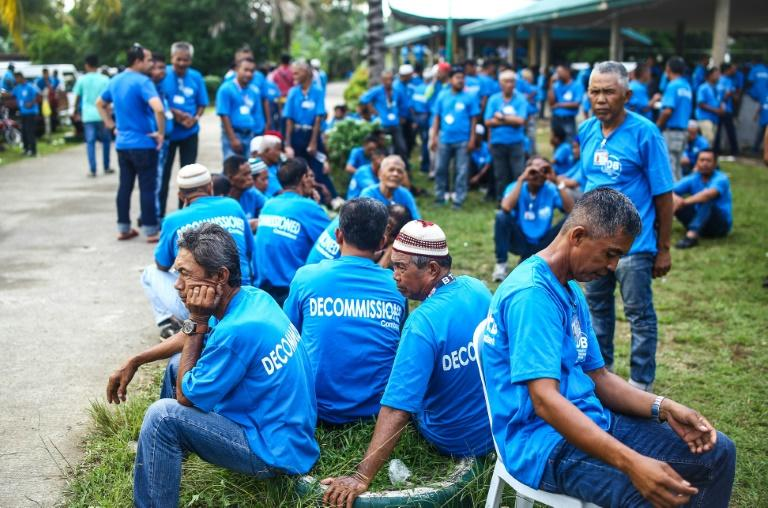 About a third of Moro Islamic Liberation Front combatants are to be retired in the first phase of the Philippines' decommissioning process
