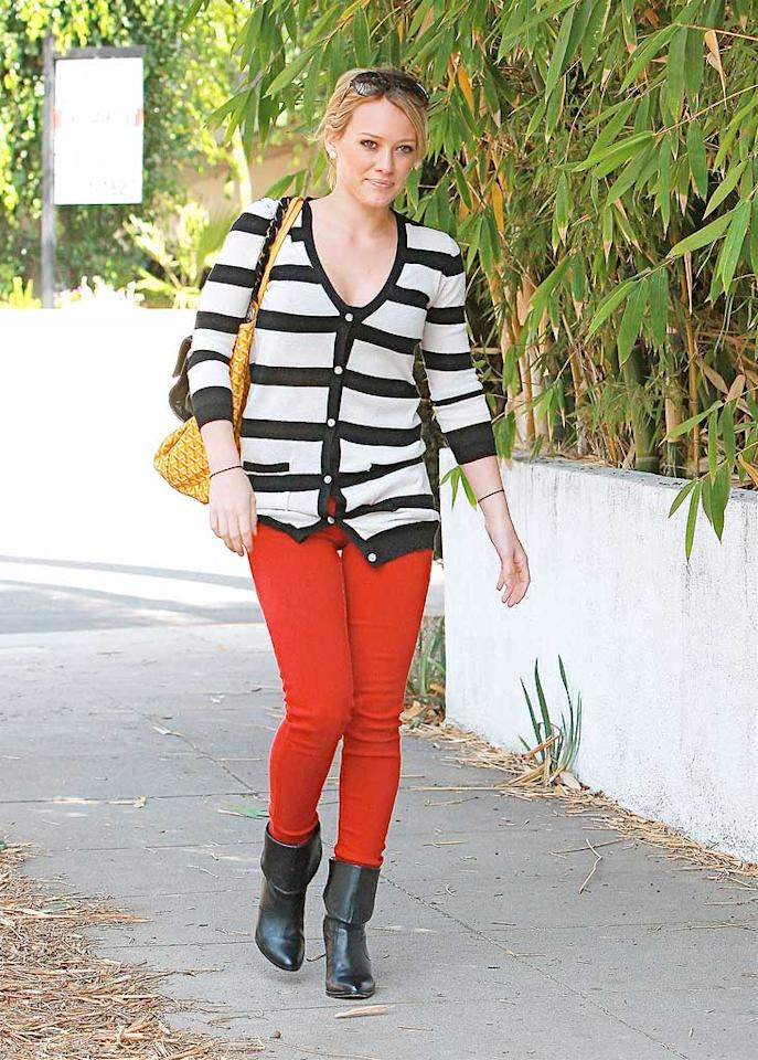 """Shiver me timbers! Hilary Duff definitely needs to walk the plank for wearing this putrid pirate-like outfit out in public. LPK/<a href=""""http://www.splashnewsonline.com"""" target=""""new"""">Splash News</a> - September 22, 2008"""