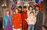 <p><em>The Facts of Life</em> cast at its 150th Show Party in 1986. Pictured: (L-R) Charlotte Rae as Edna Garrett, Lisa Whelchel as Blair Warner, Nancy McKeon as Joanne 'Jo' Polniaczek, Kim Fields as Dorothy 'Tootie' Ramsey, Mindy Cohn as Natalie Green, Mackenzie Astin as Andy Moffet, Clooney as George Burnett.</p>