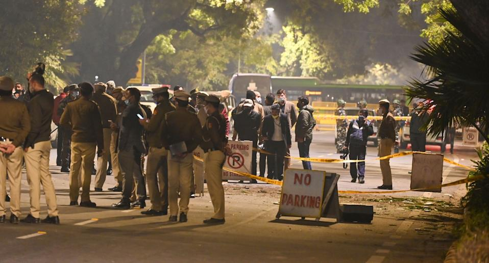 Indian security officials examine at the site of an low-intensity IED blast near the Israeli embassy in New Delhi, India on January 29, 2021. Photo: Imtiyaz Khan/Anadolu Agency via Getty Images