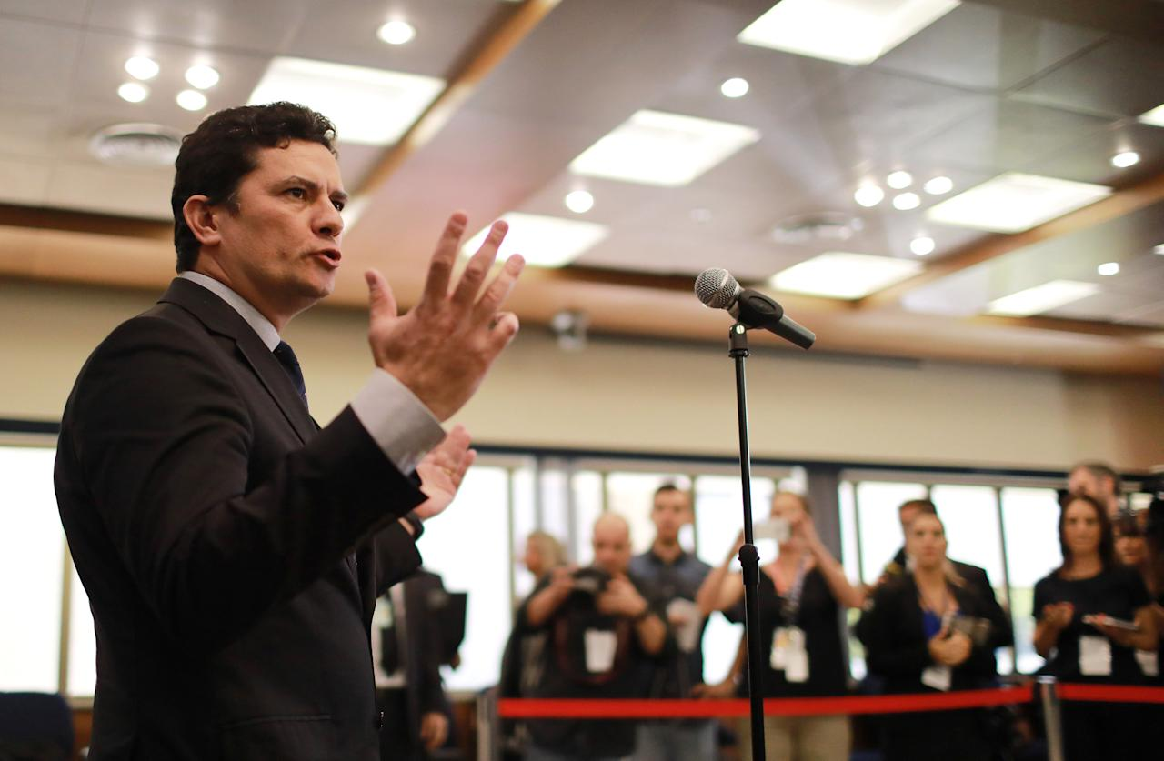 Brazilian federal judge Sergio Moro talks to journalists, as he arrives for the wake of the Brazilian Supreme Court Justice Teori Zavascki, in Porto Alegre, Brazil, January 21, 2017.  REUTERS/Diego Vara