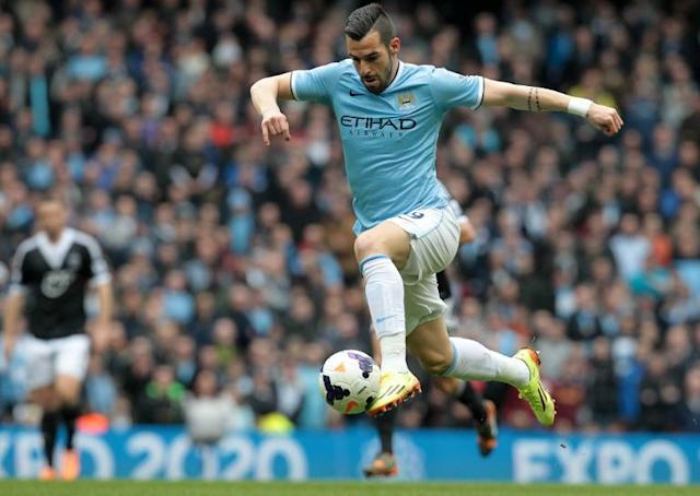 Manchester City striker Alvaro Negredo controls the ball during a Premier League game against Southampton at the Etihad Stadium on April 5, 2014 (AFP Photo/Lindsey Parnaby)