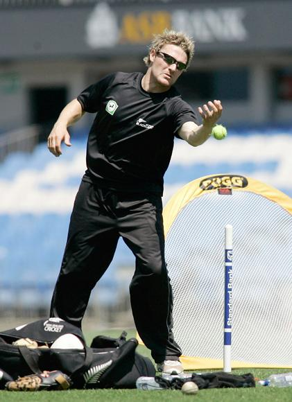 AUCKLAND, NEW ZEALAND - DECEMBER 01: wicket keeper Brendon McCullum of the NZ Black Caps during practice at Eden Park, December 01, 2005 in Auckland, New Zealand. New Zealand playAustralia at Eden Park in the first of three one day matches on Saturday.  (Photo by Jeff Brass/Getty Images) *** Local Caption *** Brendon McCullum
