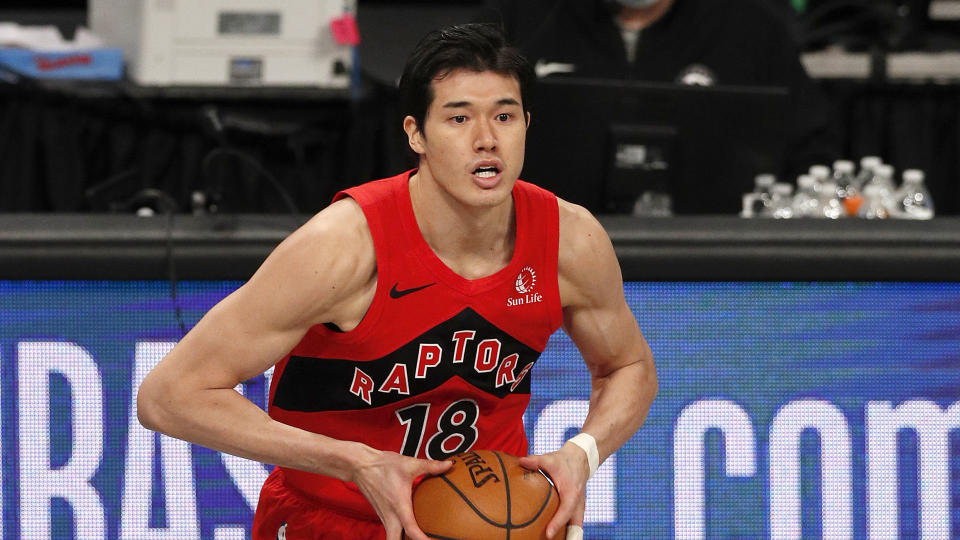Yuta Watanabe's No. 18 Raptors jersey is a bestseller in Japan. (Photo by Jim McIsaac/Getty Images)