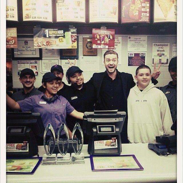 "<p>Proving he is indeed a man of the people, Justin Timberlake celebrated his three People's Choice Awards with the employees of Taco Bell back in 2014. PHOTO: VIA <a href=""https://www.instagram.com/p/i7wxsTSdvH/"">@JUSTINTIMBERLAKE</a>.</p>"
