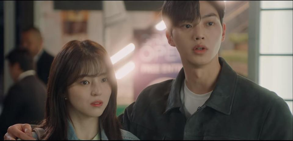 Yu Na Bi (Han So Hee, left) and Park Jae Eon (Song Kang) are university students and ardent lovers in romance drama Nevertheless.