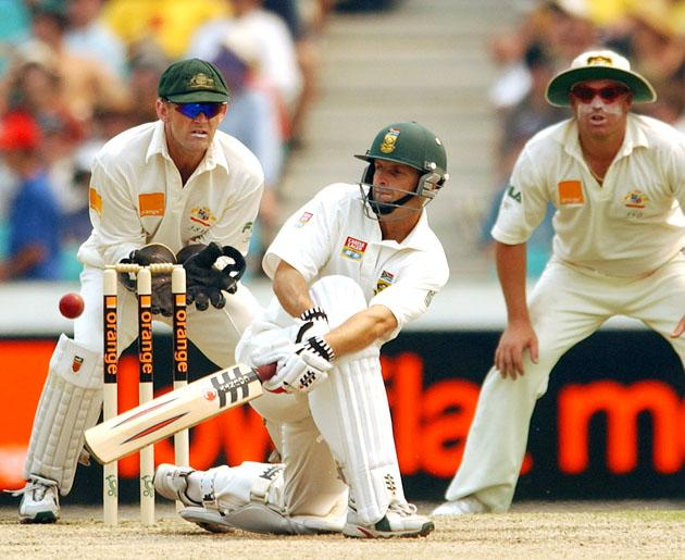 04 Jan 2002:   Gary Kirsten of South Africa in action during the third day's play in the third test match between Australia and South Africa held at the Sydney Cricket Ground, Sydney, Australia.  DIGITAL IMAGE Mandatory Credit: Chris McGrath/Getty Images