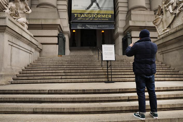 A sign informs visitors that the Smithsonian Institution's National Museum of the American Indian is closed due to the government shutdown on Jan. 2, 2019 in New York City. (Photo: Spencer Platt/Getty Images)