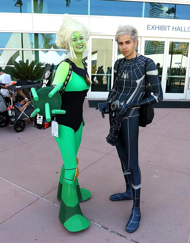 <p>Cosplayer dressed as Peridot from <em>Steven Universe</em> and Spider-Man at Comic-Con International on July 20 in San Diego. (Photo: Angela Kim/Yahoo Entertainment) </p>
