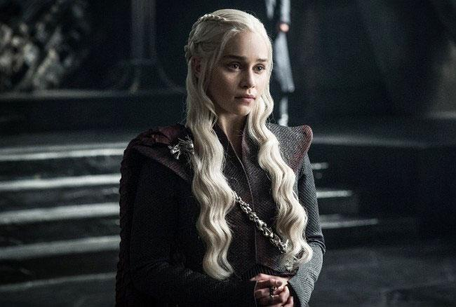 You Don't Have to Wait For Winter to Come to Wear These 'Game of Thrones' Beauty Trends