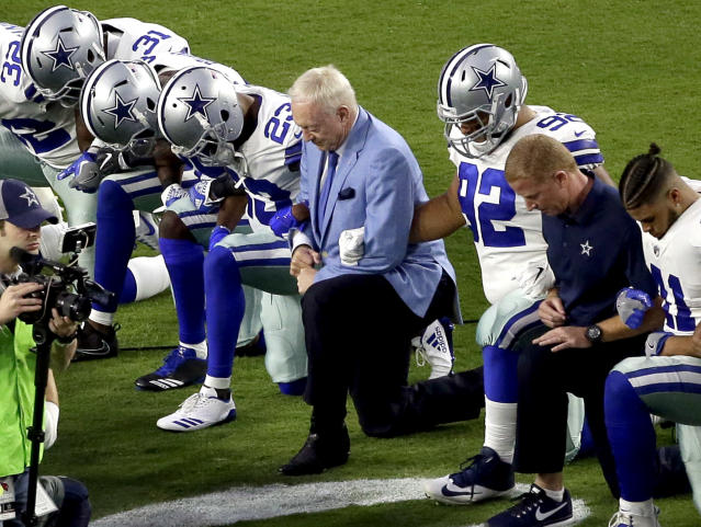 Cowboys owner Jerry Jones took a knee prior to the national anthem before a game against the Cardinals in 2017. (AP Photo/Matt York, File)