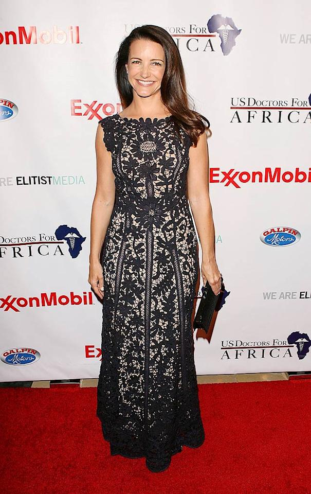 """Sex and the City"" alum Kristin Davis flashes her signature smile while strolling down the red carpet. Jesse Grant/<a href=""http://www.wireimage.com"" target=""new"">WireImage.com</a> - April 21, 2009"