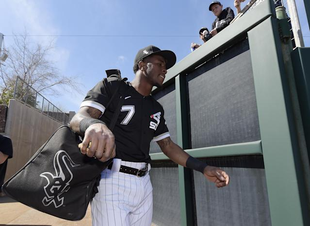 """<a class=""""link rapid-noclick-resp"""" href=""""/mlb/teams/chi-white-sox/"""" data-ylk=""""slk:White Sox"""">White Sox</a> shortstop Tim Anderson walks onto the field at Camelback Ranch in Arizona, where he's working in spring training, preparing to defend his American League batting title. (Photo by Ron Vesely/Getty Images)"""