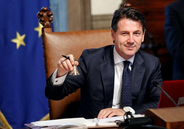 PHOTO: Newly appointed Italian Prime Minister Giuseppe Conte rings the bell during his first cabinet meeting at Chigi palace in Rome, June 1, 2018. (Remo Casilli/Reuters, FILE)