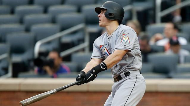 MLB Trade Rumors: Mets Continue Interest in J.T. Realmuto