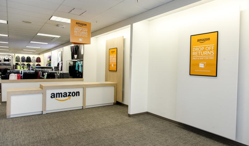 An Amazon return counter at Kohl's.